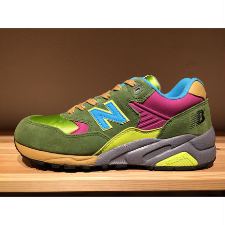 ☆STUSSY・UNDEFEATED・MAD HECTICコラボ - NEW BALANCE MT580 PT