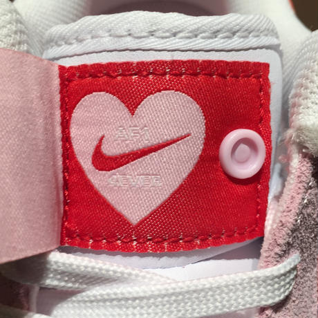 ☆VALENTINE'S DAY - NIKE AIR FORCE 1 '07 QS