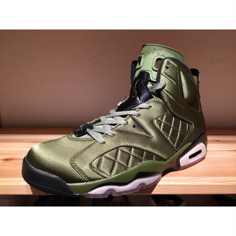 NIKE AIR JORDAN 6 RETRO PINNACLE