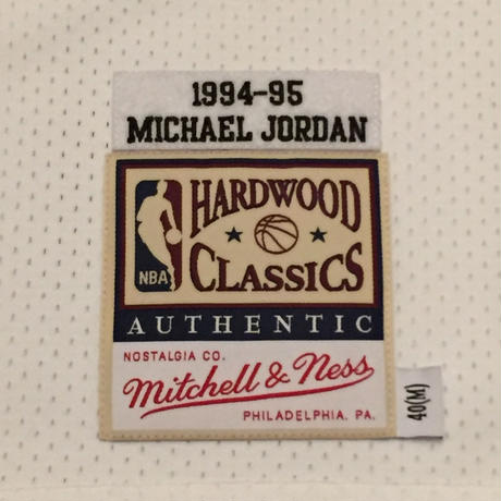 MITCHELL&NESS BULLS #45 JORDAN AUTHENTIC JERSEY HOME