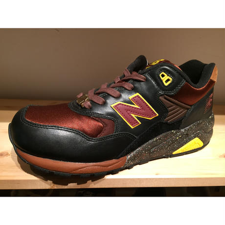 ☆STUSSY・UNDEFEATED・MAD HECTICコラボ - NEW BALANCE MT580 JM