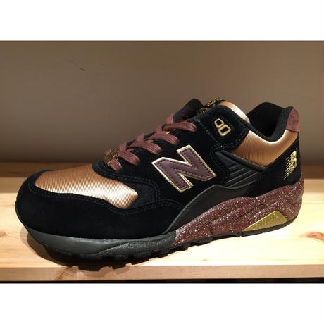 ☆STUSSY・UNDEFEATED・MAD HECTICコラボ - NEW BALANCE MT580 KL