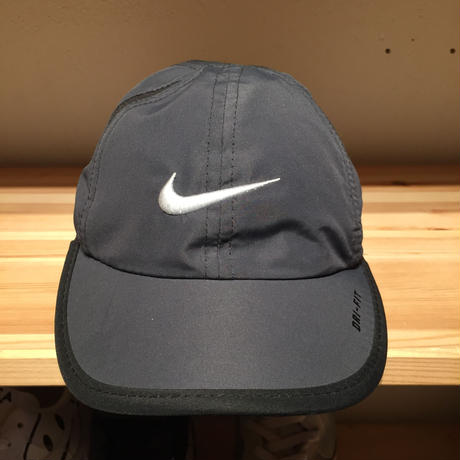 NIKE INFANT DRI-FIT FEATHER LIGHT CAP