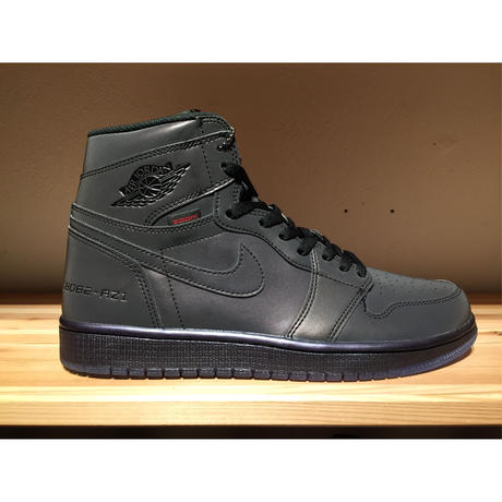 NIKE AIR JORDAN 1 HIGH ZOOM FEARLESS