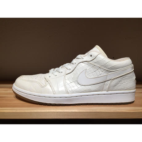 【USED】NIKE AIR JORDAN 1 RETRO LOW