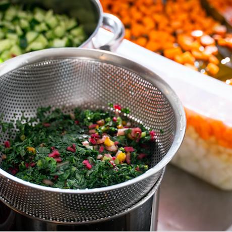 【120パック限定】16種類の野菜のシンジ・1st-edition | 2021年3月4日5日 収穫分 1パック200g×10個セット