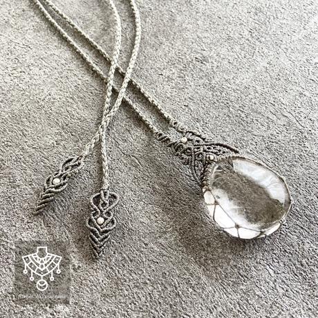 【マクラメジュエリー】願いを叶える トルマリン inマダガスカル水晶 / ネックレス