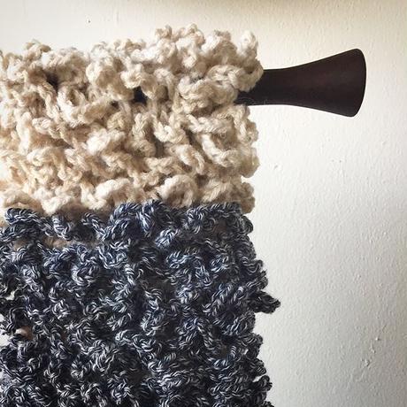 ★数量限定★ヘアバンドにもなるもしゃもしゃスヌード -編み図 毛糸つき キット-