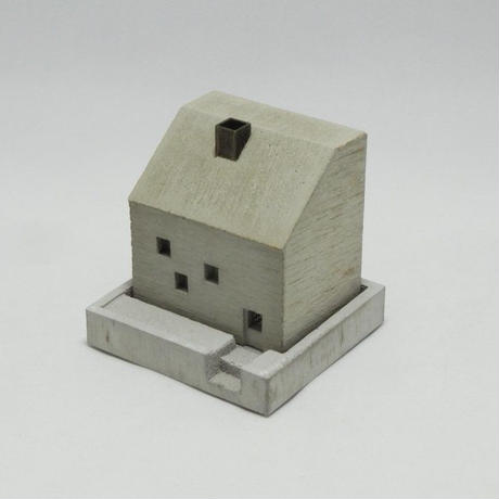 [Motif/Pull Push Products.] COTTAGE INCENSE POT