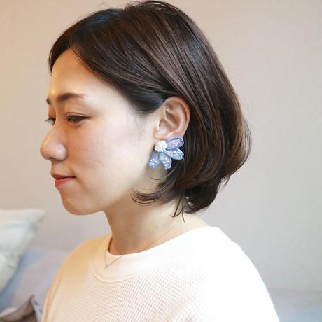 big flower blue イヤリング/ピアス