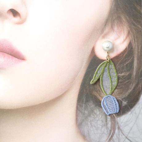 (片耳)blue tulip イヤリング/ピアス