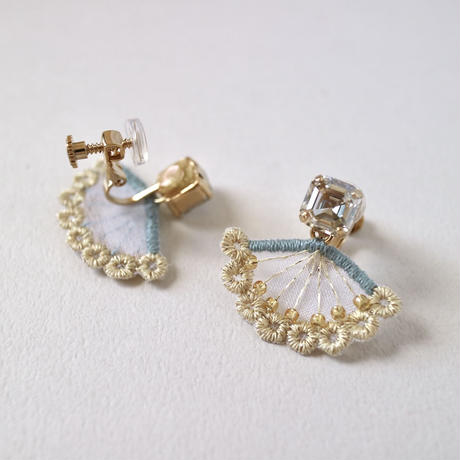 quiet jewelry blue イヤリング