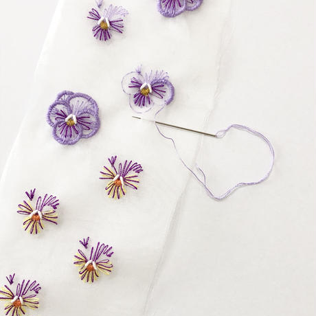 viola~purple~ ピアス/イヤリング