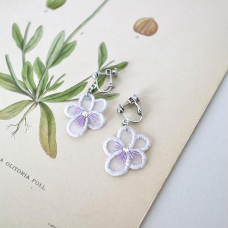 pale purple violet イヤリング