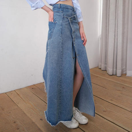 asymmetry slit denim skirt