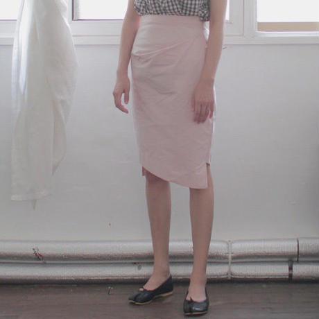 polyester tucked tight skirt