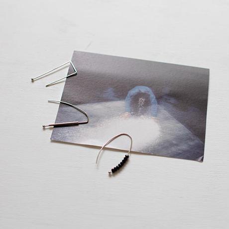 three design wire earrings set