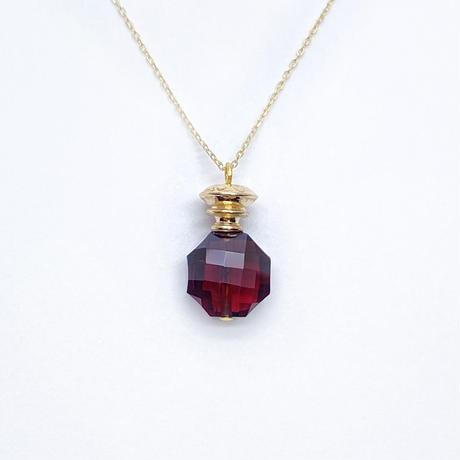 perfume bottle series necklace <garnet>  K10