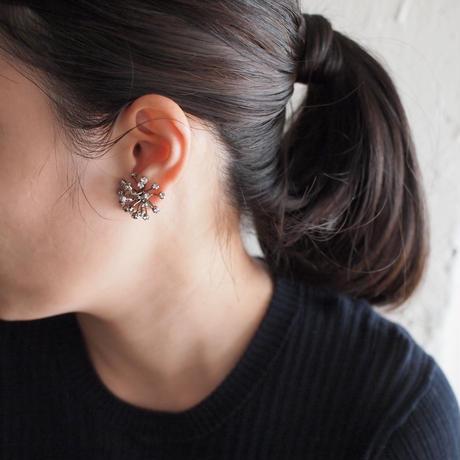 FILIGREE Dahlia earring
