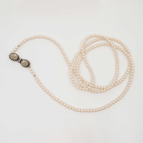 CAMELEON pearl long necklace (silver)
