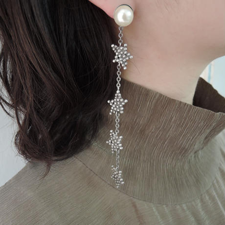 CUTSTEEL star long earring (silver)