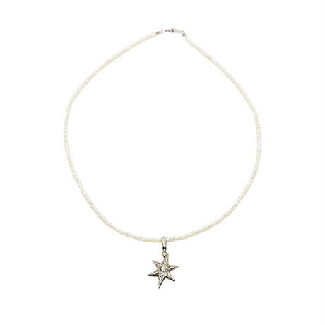 CHARM baby pearl necklace