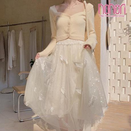 羽刺繍チュールスカート