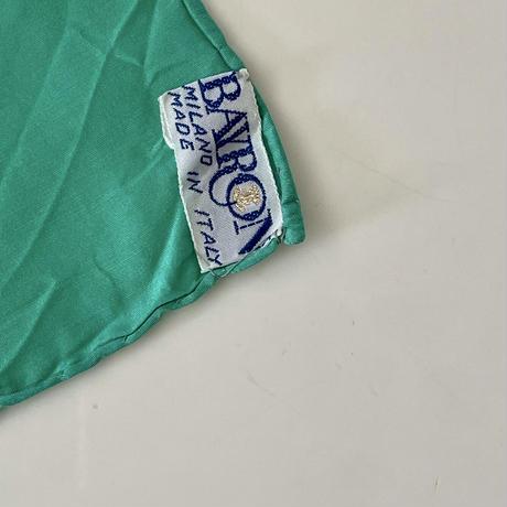 vintage scarf 「BAYRON」レトログリーンの無地のスカーフ