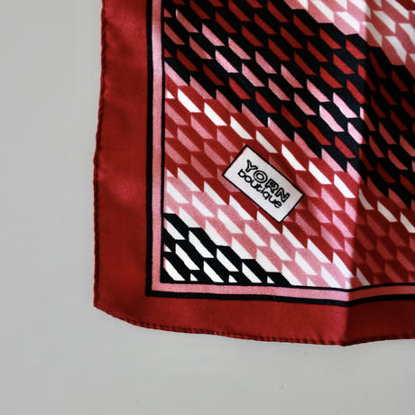 vintage scarf 「YORN boutique」 台形リピートデザインのスカーフ