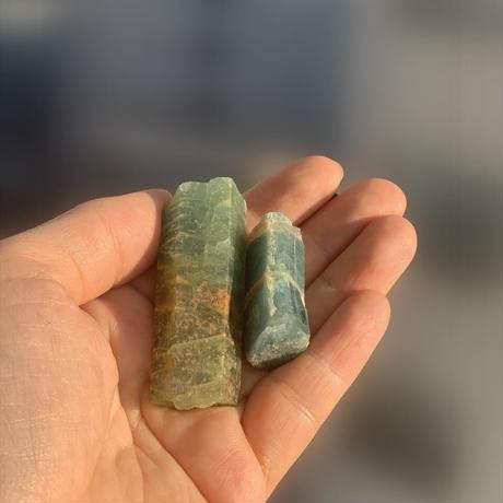 アクアマリン 自然原石 8800
