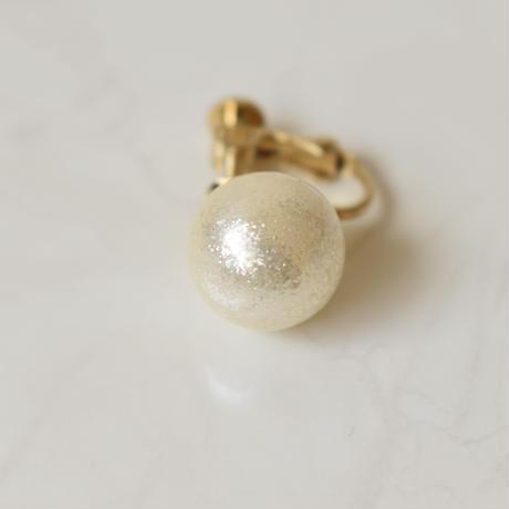 glossy pearl pierce / earring L