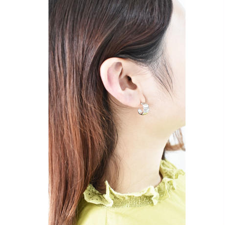 p192 metal line hoop pierce