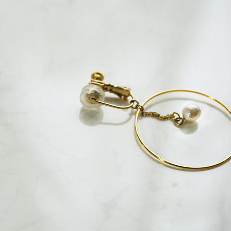 e126/p231 wood pearl hoop earring / pierce