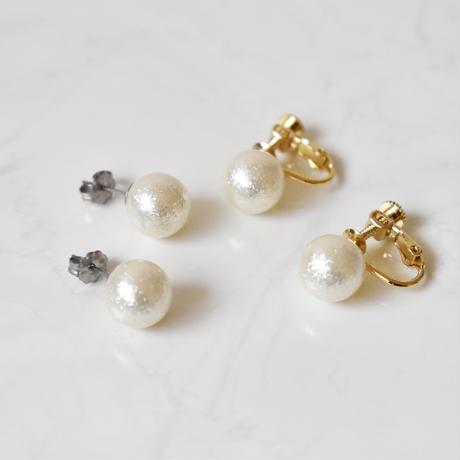 glossy pearl pierce / earring M