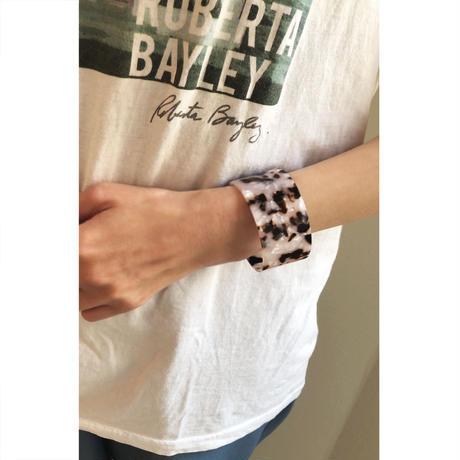 b018 acrylic bangle