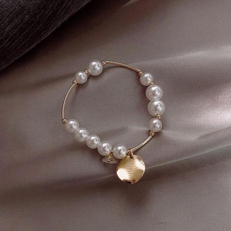 pearl × metal gold bracelet