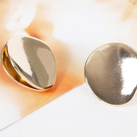 metal gold curve round pierce