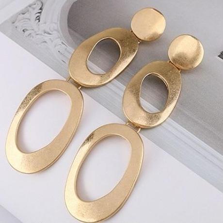 vintage gold ring pierce
