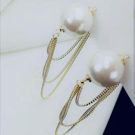 pearl catch chain pierce