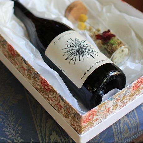 赤or白ワイン&グラスフラワー(プリザーブド)のセット・BOX入り