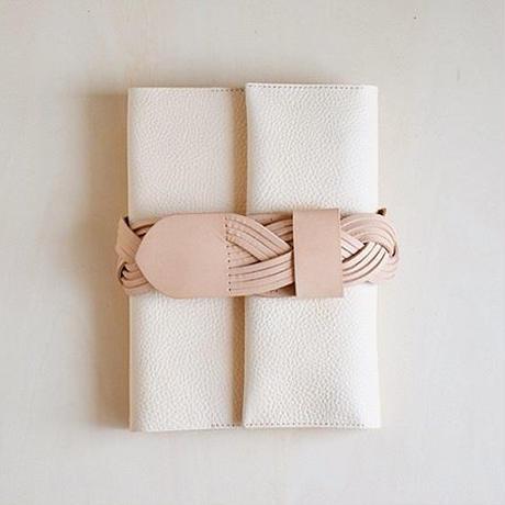 えらべるベルトの手帖カバー / desert skin