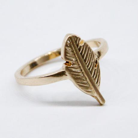 Leaf Motif Pinky Ring