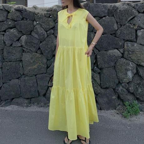 ノースリーブカラーティアードドレス