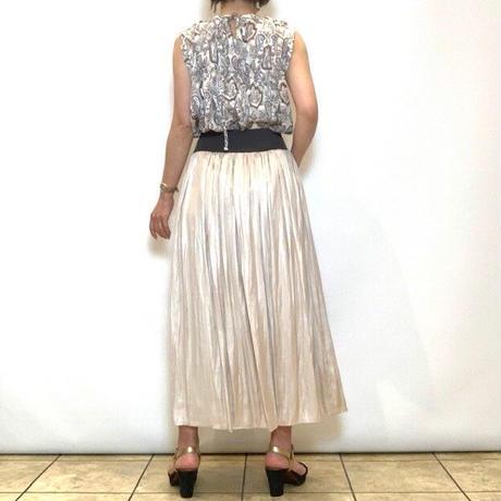 【Doneeyu/ドニーユ】サテンギャザースカート