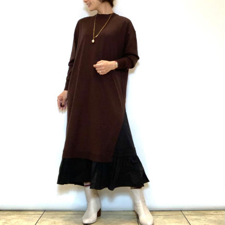 【BEATRICE/ベアトリス】裾切り替えニットワンピース