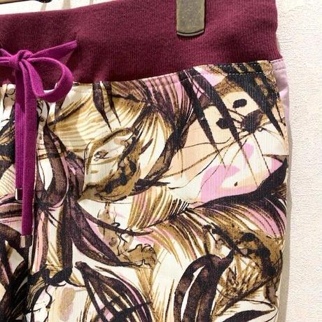 【CAPIS/カピス】ボタニカル柄パンツ
