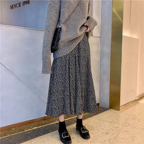 【1/3~再入荷 】floral flare skirt