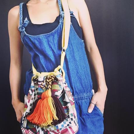 エスニック刺繍ボンボンショルダーバッグ