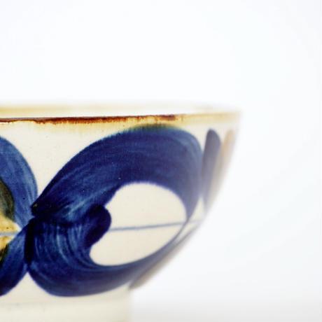 藍ブルー 平鉢 草花紋