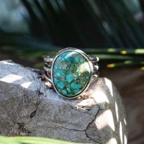 Tįtí Mystery turquoise jewelry collection